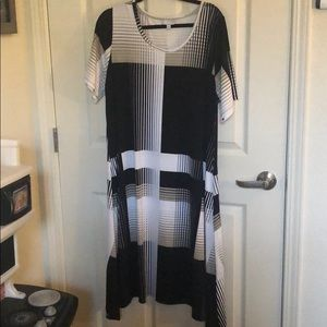 VIP - Knits Avenue Collection Dress 18/20